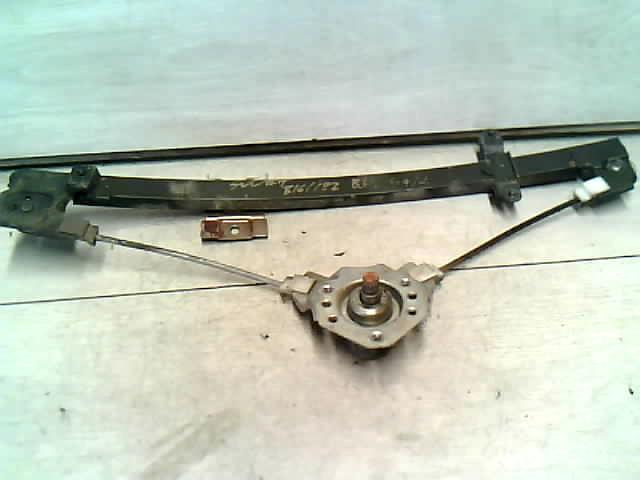 SUZUKI SWIFT 89-96 Bal hátsó ablakemelő szerkezet mechanikus bontott alkatrész