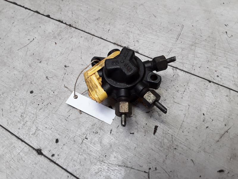 RENAULT CLIO 01-06 üzemanyag közös nyomócső bontott alkatrész
