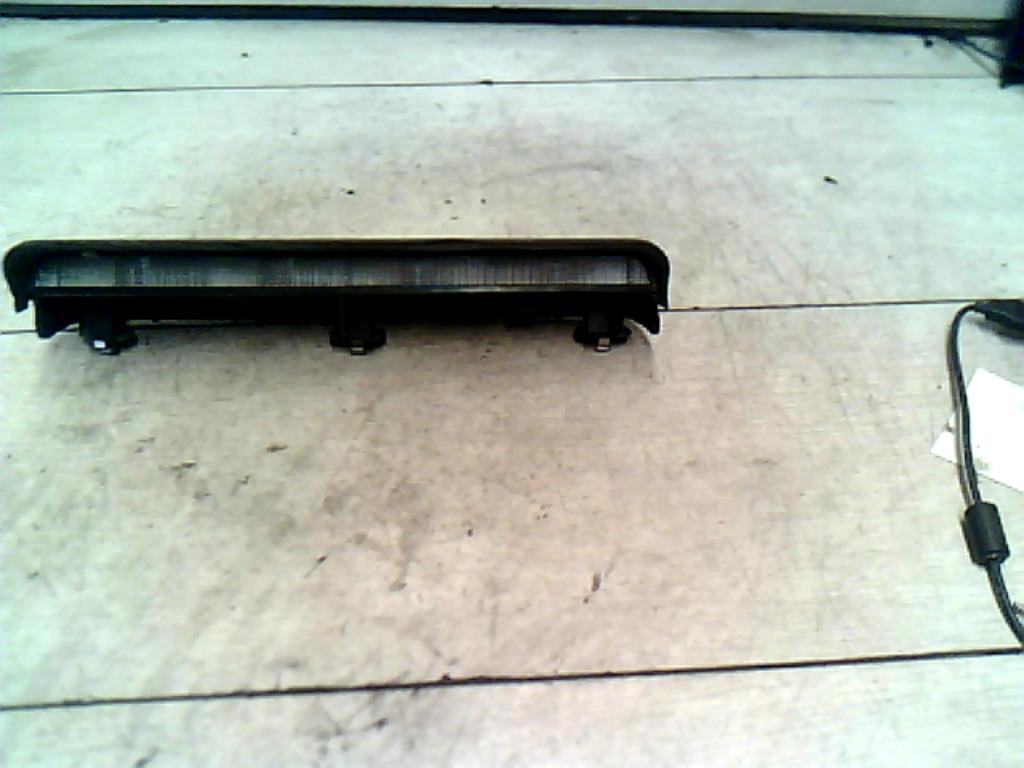 OPEL CORSA C 00-06 Pótféklámpa bontott alkatrész