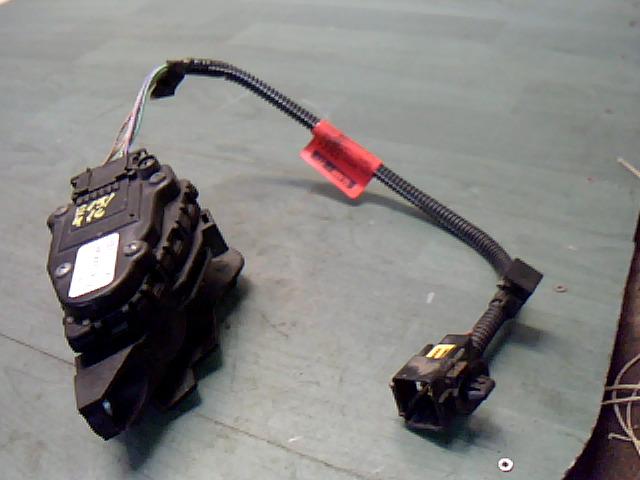 RENAULT CLIO 01-06 Elektromos gázpedál bontott alkatrész