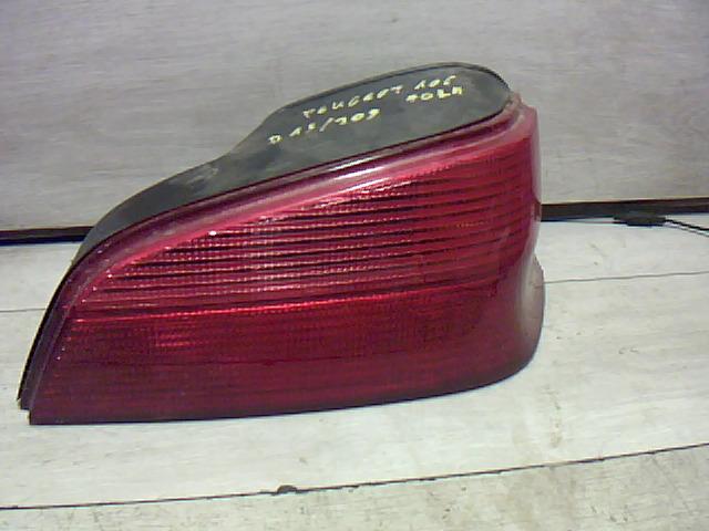 PEUGEOT 106 96- Jobb hátsó lámpa (5 ajtós) bontott alkatrész