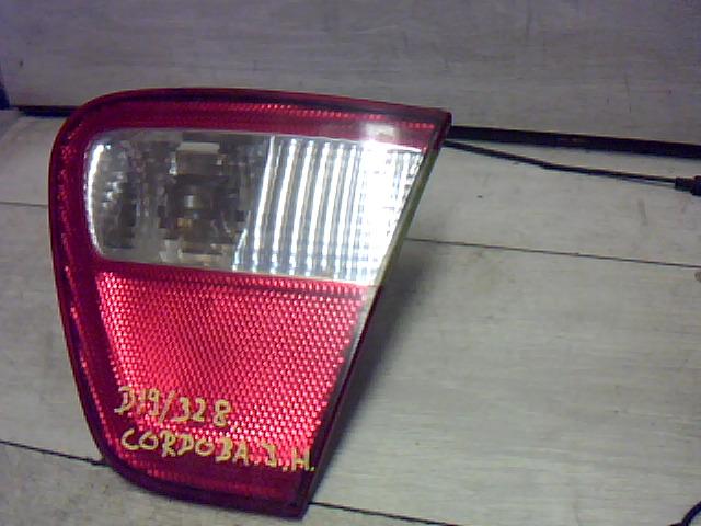 SEAT CORDOBA 99-02 Jobb hátsó belső lámpa bontott alkatrész