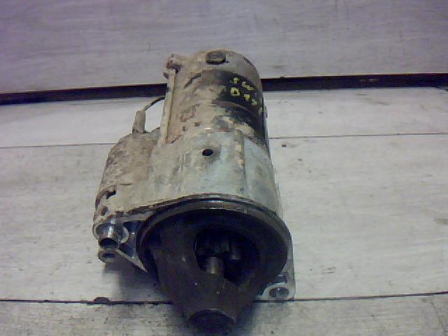 SUZUKI SWIFT 96-05 önindító.  bontott alkatrész