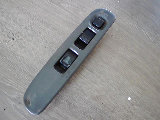 SUZUKI SWIFT 96-05 Elektromos ablakemelő kapcsoló bontott alkatrész