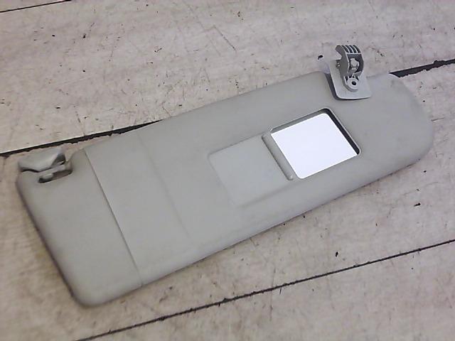 VW POLO IV. 99-02 Jobb napellenző bontott alkatrész
