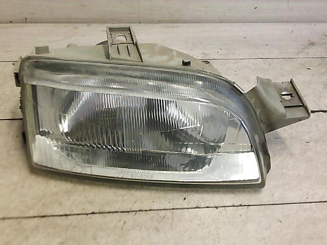 FIAT PUNTO I. Jobb fényszóró bontott alkatrész