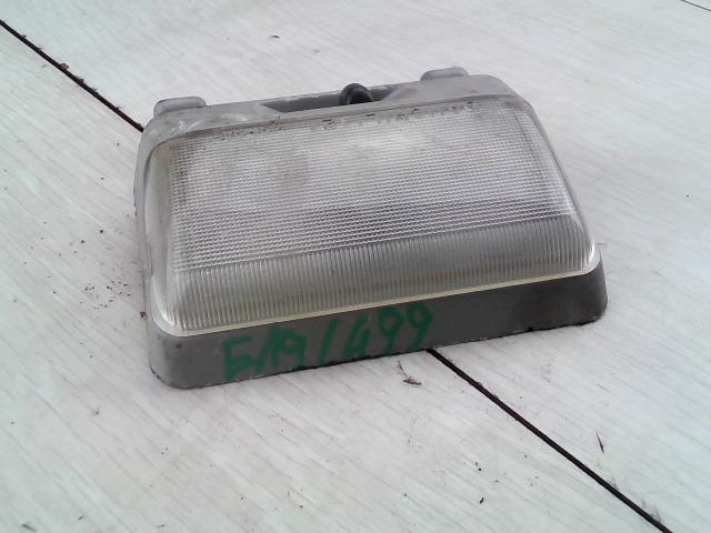 SUZUKI SWIFT 96-05 Beltér világítás első bontott alkatrész