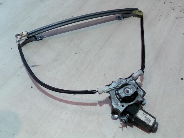 RENAULT CLIO 01-06 Jobb első ablakemelő szerkezet elektromos bontott alkatrész