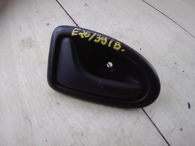 RENAULT CLIO 01-06 Bal hátsó belső kilincs bontott alkatrész