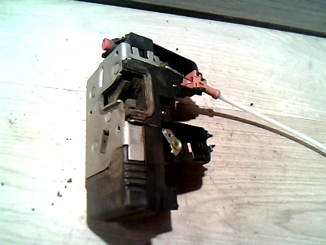OPEL ASTRA G 97-04 Jobb hátsó zárszerkezet központizáras bontott alkatrész