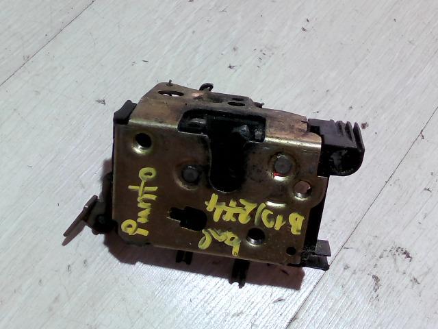 FIAT PUNTO I. Bal első ajtó zárszerkezet bontott alkatrész