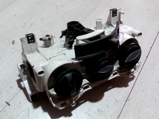 FIAT PUNTO II. Fűtés vezérlő konzol bontott alkatrész