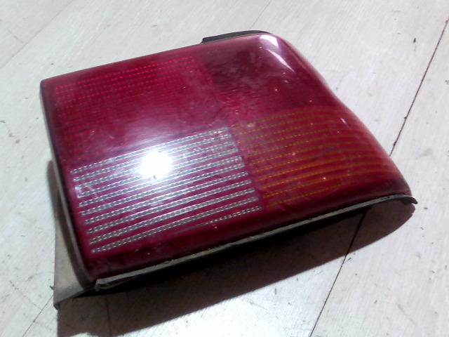 FORD ESCORT 95- Jobb hátsó lámpa bontott alkatrész