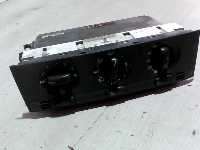 VOLVO S40 Fűtés vezérlő konzol bontott alkatrész