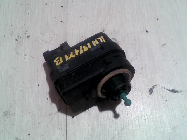 RENAULT MEGANE 99-02 Fényszórómagasság állító motor bal bontott alkatrész