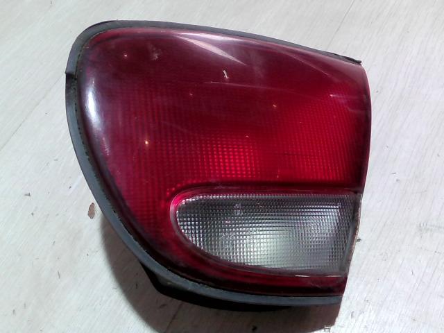 MAZDA XEDOS 6 92- Jobb hátsó belső lámpa bontott alkatrész