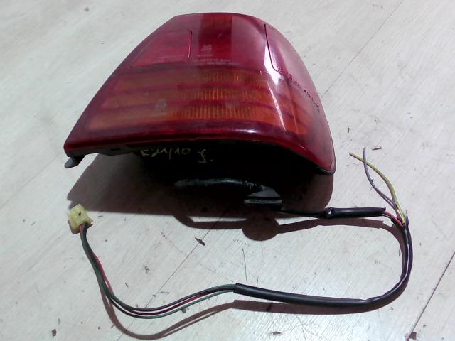 SUZUKI SWIFT 96-05 Jobb hátsó külső lámpa bontott alkatrész