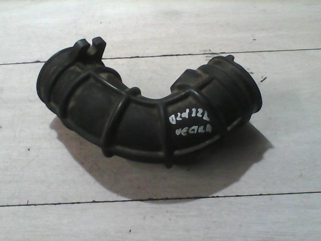 OPEL VECTRA B 99-01 Levegőcső bontott alkatrész