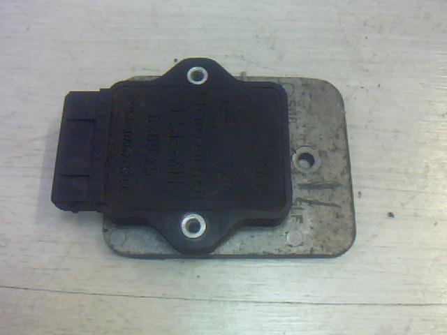 TRABANT 1,1 Gyújtáselektronika bontott alkatrész