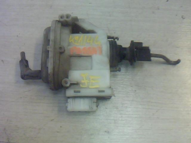 VW PASSAT 88-93 Jobb első központizár vákuummotor bontott alkatrész