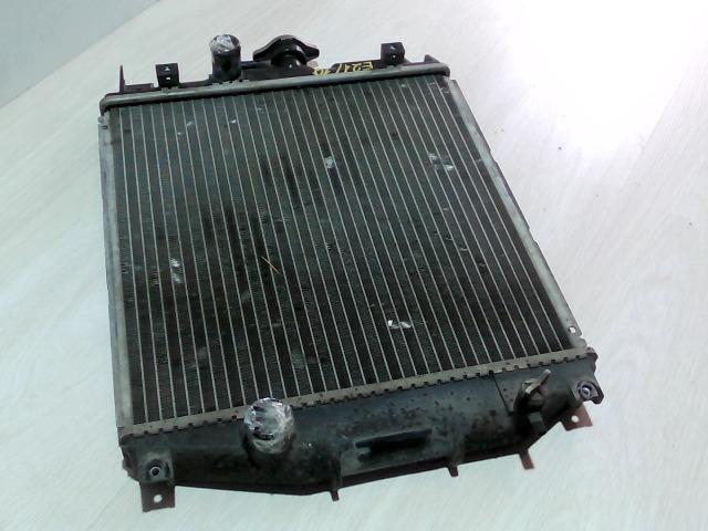 SUZUKI SWIFT 96-05 Vízhűtő. bontott alkatrész