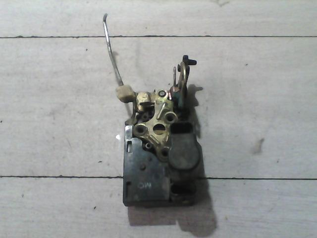 DAEWOO NUBIRA 99-03 Bal hátsó ajtózár bontott alkatrész