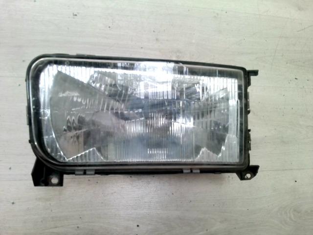 VW PASSAT 88-93 Jobb fényszóró  bontott alkatrész