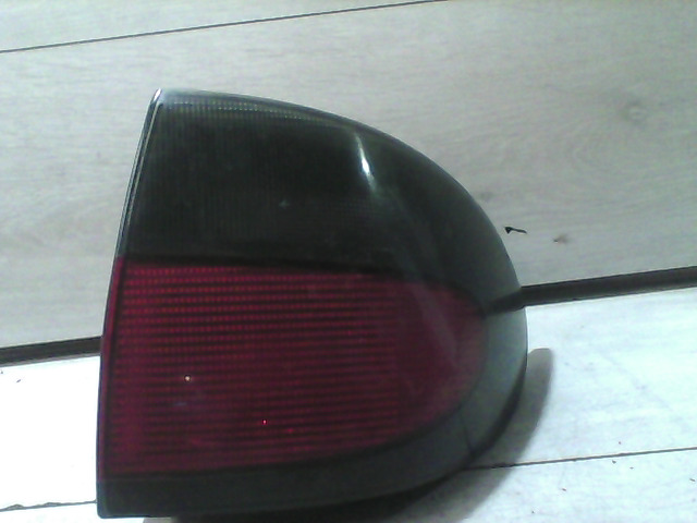RENAULT MEGANE 95-99 Jobb hátsó lámpa bontott alkatrész
