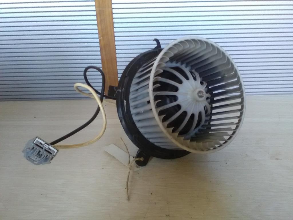 OPEL Astra J/1 2009.09.01-2012.08.31 Fűtőmotor bontott alkatrész