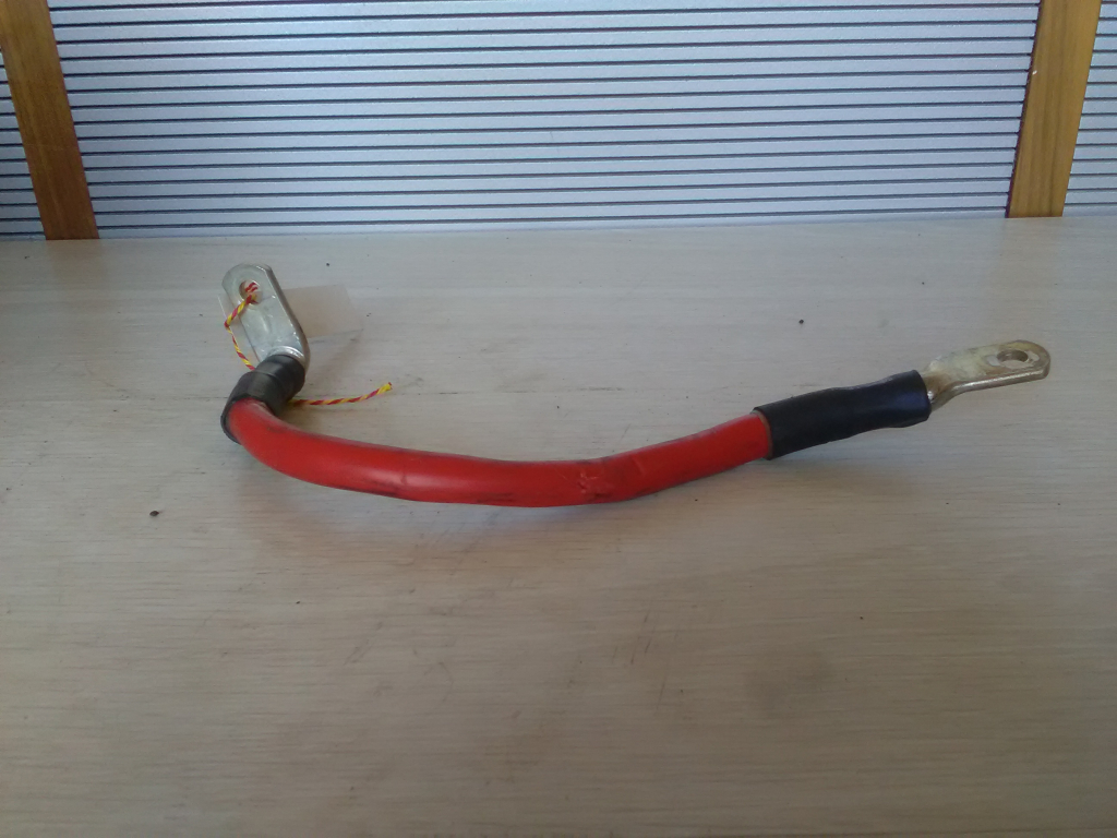 OPEL Astra J/1 2009.09.01-2012.08.31 Pozitív kábel bontott alkatrész