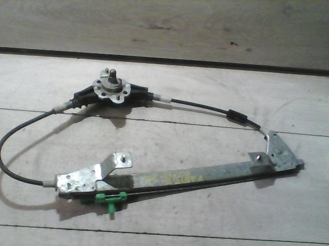 FIAT PUNTO II. Jobb hátsó ablakemelő szerkezet bontott alkatrész