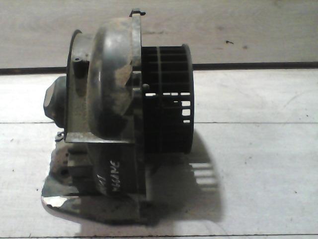MEGANE 95-99 Bontott Fűtőmotor Alkatrész
