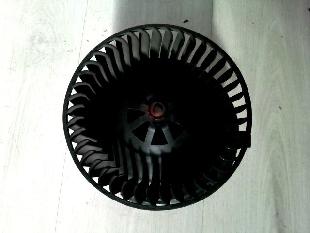 156 97-03 Bontott Fűtőmotor klímás Alkatrész