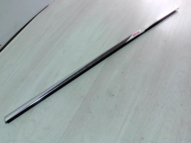 OPEL Astra J/1 2009.09.01-2012.08.31 Bal hátsó vízlehúzó gumicsík bontott alkatrész