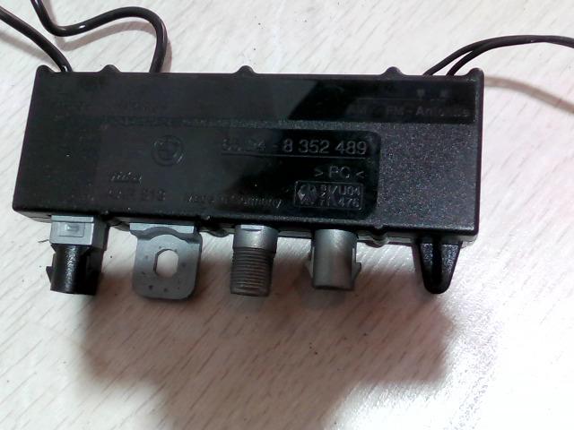 E39 95-03 Bontott Antenna erősítő Alkatrész