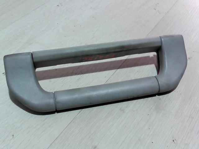 BMW E39 95-03 Bal első kapaszkodó bontott alkatrész