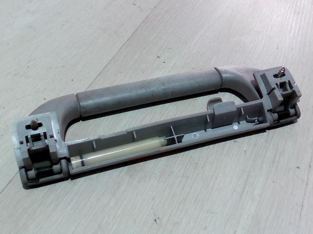 E39 95-03 Bontott Jobb hátsó kapaszkodó Alkatrész
