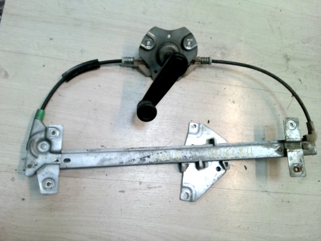 MITSUBISHI CARISMA 95.05-99.07 Bal hátsó mechanikus ablakemelő szerkezet bontott alkatrész