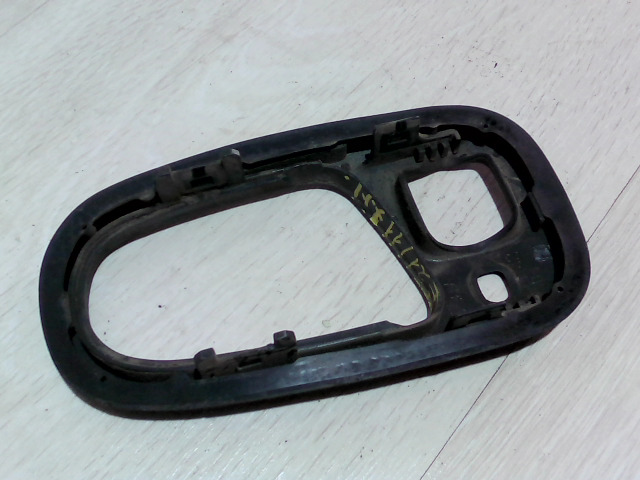 SWIFT 96-05 Bontott Jobb hátsó belső ajtónyitó keret Alkatrész