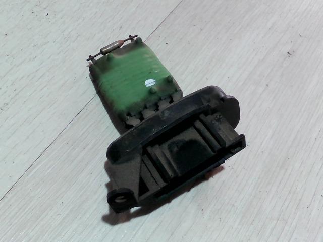 MERCEDES VITO 96- Előtét ellenállás fűtőmotor bontott alkatrész