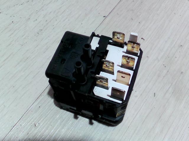 VITO 96- Bontott Ködlámpa kapcsoló + fényszórómagasság állító Alkatrész