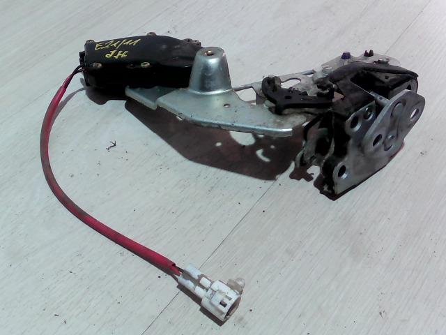 SUZUKI SWIFT 96-05 Jobb hátsó ajtó zárszerkezet bontott alkatrész