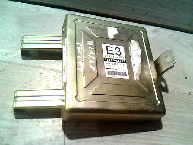SUZUKI SWIFT 89-96 Motorvezérlő elektronika bontott alkatrész