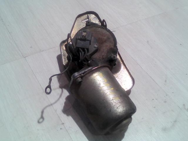SUZUKI SWIFT 96-05 Ablaktörlő motor első bontott alkatrész