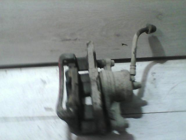 NUBIRA 97-99 Bontott Bal első féknyereg Alkatrész