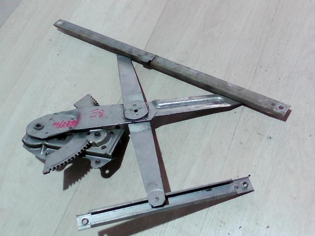SWIFT 96-05 Bontott Jobb első ablakemelő szerkezet Alkatrész