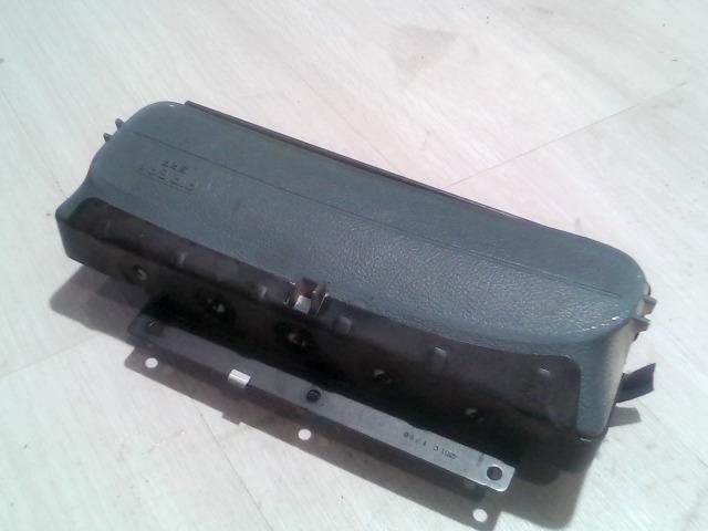 RENAULT MEGANE 95-99 Utasoldali műszerfal légzsák bontott alkatrész