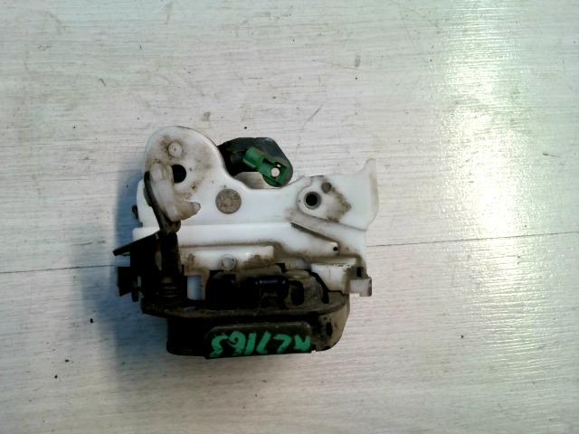 NISSAN ALMERA 96-98 Bal hátsó ajtózár mechanikus bontott alkatrész