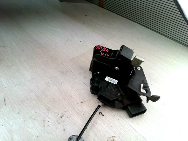 FORD FOCUS 04- Bal hátsó ajtózár elektromos bontott alkatrész