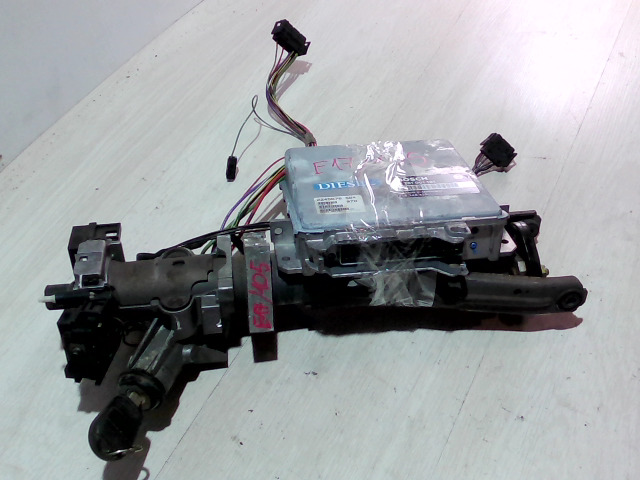 E34 87-96 Bontott Kormányoszlop + gyújtáskapcsoló 1db kulcsal + motorvezérlő Alkatrész